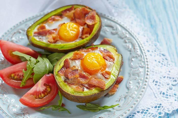 Must-Have-Keto-Recipes-eggs-avocado-bacon-single