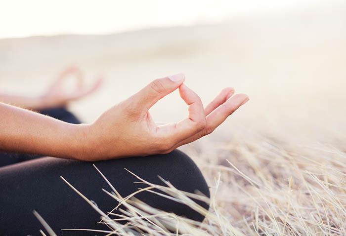 Stop-Cravings-Meditate