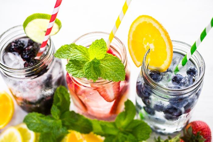 Stop-Cravings-fruit-infused-water