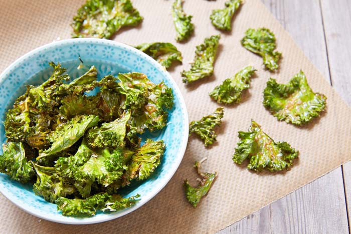 Healthy Chip Recipes-Baked Kale chips