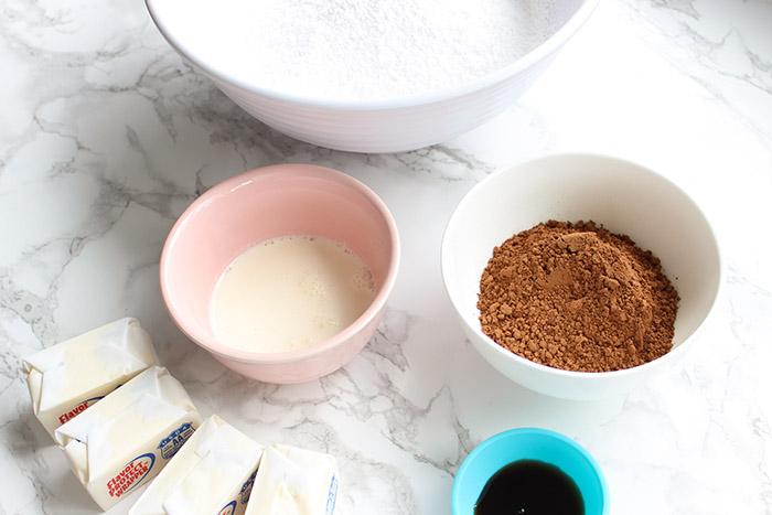 Creamy Chocolate Buttercream - ingredients