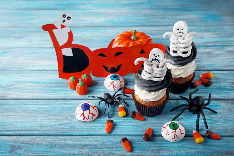 21 Best Halloween Cupcake Tutorials for Your Spooky Event